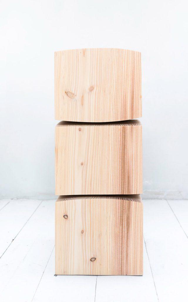 lowress2_lariks_spine-stool_58-cm-kopie